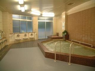 大浴場で湯ったりのんびり♪チェックイン22:00までOK★朝食付★