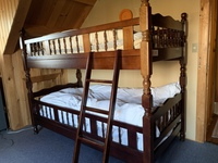 2階ドーミトリー二段ベッド