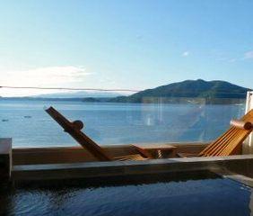 事前カード【平日限定一人旅】無料朝食付き♪海の見える露天付客室満喫贅沢プラン♪
