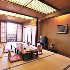 【くれ竹】1階14畳和室/縁側・洗面・シャワートイレ付
