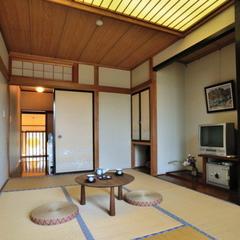 【観月】2階7.5畳和室/洗面・シャワートイレ付