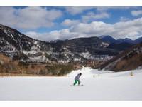 【すべっ得】温泉とスキーorスノーボード体験プラン リフト1日券付