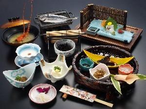 【平日限定】のんびり♪温泉と朝食を満喫!一泊朝食付きプラン 〜一人旅にも〜