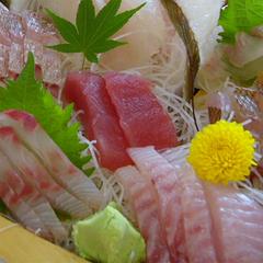 【舟盛付】スタンダードプランの地魚3点盛の代わりに船盛がついたプラン