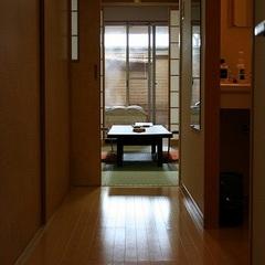 天然温泉掛け流しの露天風呂付和洋室【和室6畳+ツインルーム】