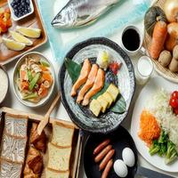 【1泊2食】<バイキング>夕食は姉妹館『湖畔亭』で出来立てあつあつバイキング♪プラン