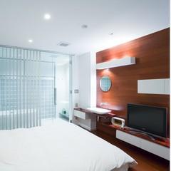 ◎旅館にある白基調のデザインルームで過ごす最上級佐賀牛付きプラン!大きなキングベッドの一日一組限定!