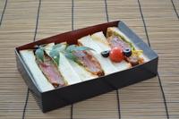 【テイクアウト夕食 熟成牛カツサンド付き】プラン(1泊夕食付))