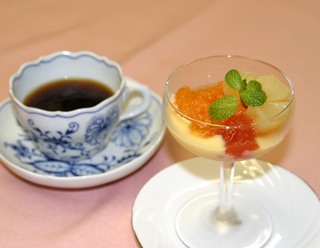 鴨のロース蜂蜜風味 ブルーベリーソース プラン
