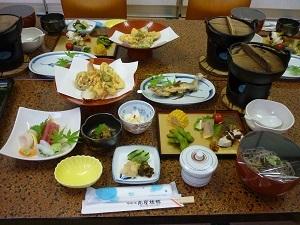 【当館人気】自家製たれのステーキと和食郷土料理プラン(温泉は掛け流し桧風呂です♪)