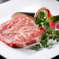 こだわりの道産牛!白老牛or身がぎっしり!タラバチョイス♪「KAMIKAWA 四季の膳」