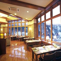 さき楽7【年末年始限定】年越し&新年は温泉でゆっくり★夕食は山荘レストランコース料理