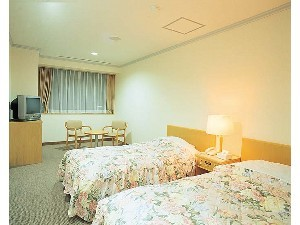 Kamar Semi Double (Semi-Double Room)