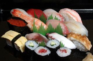 【山陰海岸ジオパーク】日本海の幸をカウンターで♪≪常天お寿司≫プラン