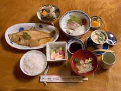 鳥取特産をふんだんに使用した『おいしい朝食&夕食』プラン