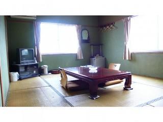 和室1(海側の部屋)