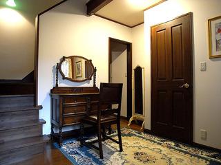 デザイン空間とコース料理&朝はルームサービスで…上下空間で安らぐ メゾネットスイートルーム