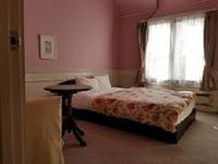 洋室ダブルベッドルーム