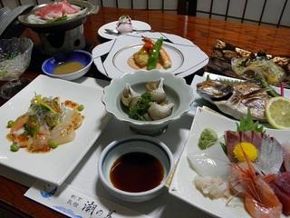 【お部屋の外は絶景の海!】旬の鮮魚をおまかせ料理!創作基本メニュープラン