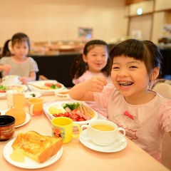 【お子様&赤ちゃん大歓迎】夕食は個室をご用意&カラオケ1時間利用付☆ファミリープラン☆