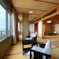 ☆最上階☆日本海を一望できる〜特別和洋室(バス・トイレ付)