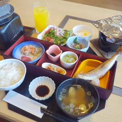 ちょこっとグレードアップ・蟹◆選べる鮮魚+本ズワイガニまるごと一杯付