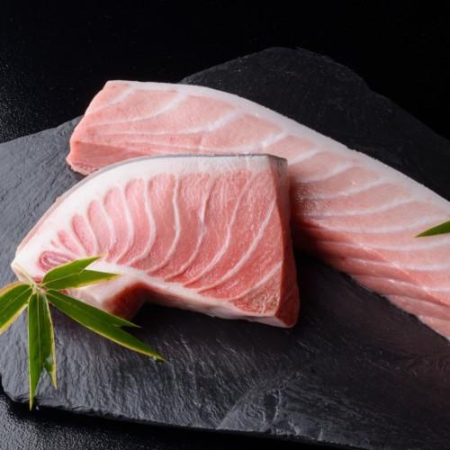 【美味食べ比べ】伊勢海老VS雲仙牛VS中トロ対決プラン!