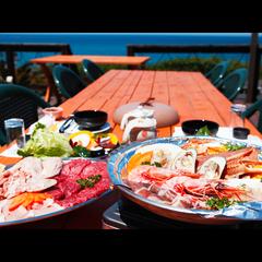 【オーシャンビューテラスで♪】旬の海鮮BBQ&新鮮舟盛プラン〔1泊2食〕