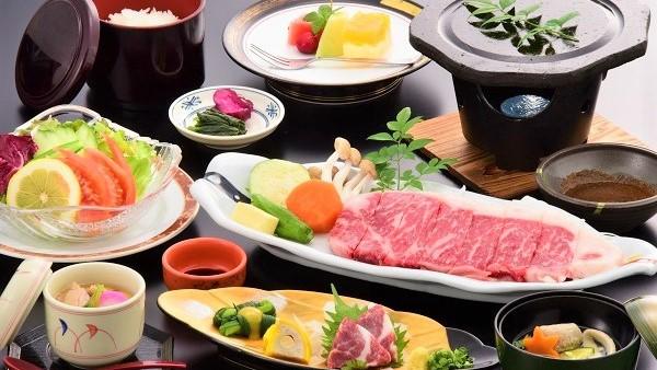 【冬限定/お肉好き必見】牛肉の旨味を凝縮する溶岩焼きで★牛ロースステーキプラン(2食付)