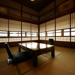 木造館3階(8+6畳 屋久杉造 日田盆地が一望できます☆)