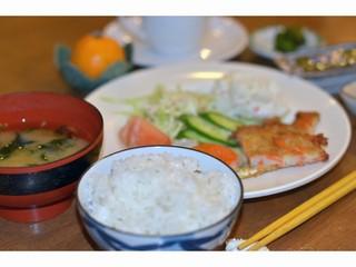 ★彡西表島産シャコガイと島料理が満喫できる♪1泊2食付きプラン★彡