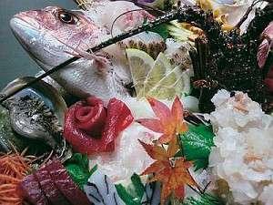 【熊野牛のすきやき】地魚の刺身大漁盛り付き♪会席