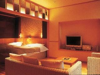 温泉ひのき風呂付洋室【山側】
