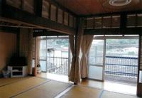 落ち着く日本間(6〜8畳)屋久島空港から車で約10分の宿!
