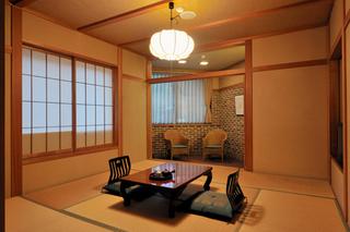 【温泉】【日本アルプスエリア】モダン和風旅館の落ち着いた和室に泊まる1泊2食付