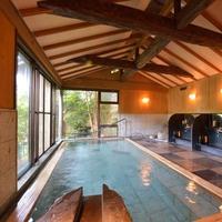 【アロマエステ付】日本庭園を望む離れの和室で贅沢トリートメント!温泉との相乗効果で極上の癒しを体験