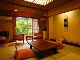 スタンダード客室『養気楼』和室10畳+広縁2畳+踏込