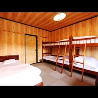 洋室ベッドルーム