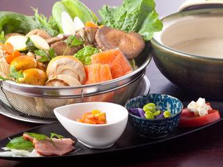 【早割30・満喫】早期割引40%OFFスイートステイ・選べる夕食4種・朝食2種【さき楽】