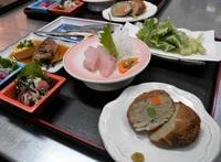 【トビウオプラン】 和朝&地魚夕食プラン <2日間バス+温泉周遊券付>