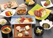 ◆茅花舞・華◆〜ほたるの夏!幻想的な風景と共に〜全12品料理長自慢の一品を贅沢に味わう♪(夕朝食付)