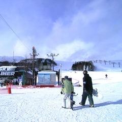 【スキーパック】車山高原スキー場◇1日リフト券付/ゲレンデまで送迎あり!<1泊2食付>