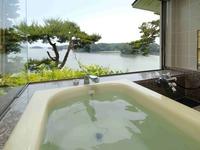 オ−シャンフロント・海の見える 展望風呂付客室『松風』