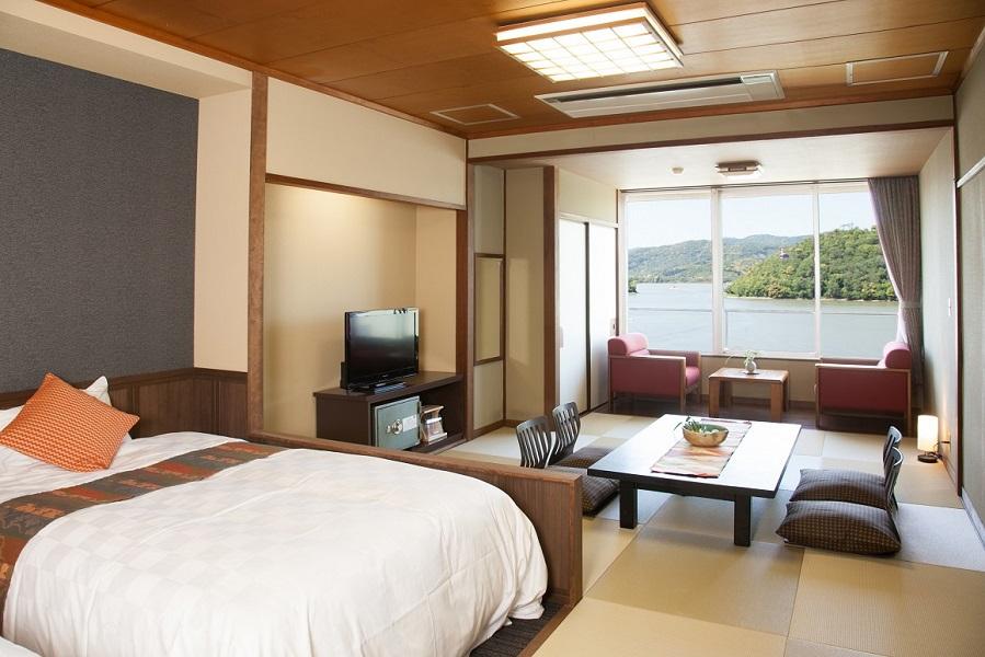 <浜名湖側>和室12畳和ベッド【禁煙】