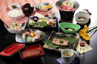 【お料理で選ぶ】浜名湖に来たならうなぎでしょ☆「蒲焼と白焼き食べ比べ♪うなぎの共演」プラン