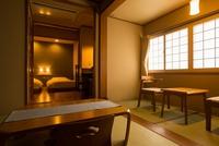 山百合の間 和室+広縁+ベッドルーム