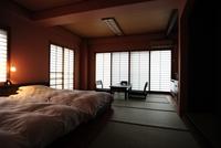 石楠花の間 和洋室12.5畳 イタリア製ベッド利用 快眠客室