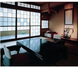 空間の贅沢を味わう !! ゆとりの95平米 ☆特別室☆宿泊プラン  お食事は特選海の幸会席をお部屋で