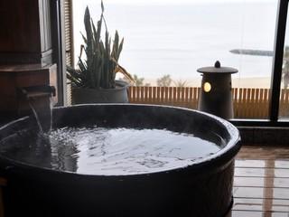 三河湾をひとりじめ・・・露天風呂付和室でゆったり、のんびり・・・♪ 潮風にふかれて ゆるりと温もる♪