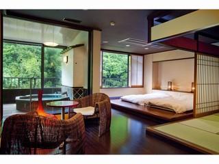 温泉スイート『六庄庵301号室』(露天風呂付客室96平米)